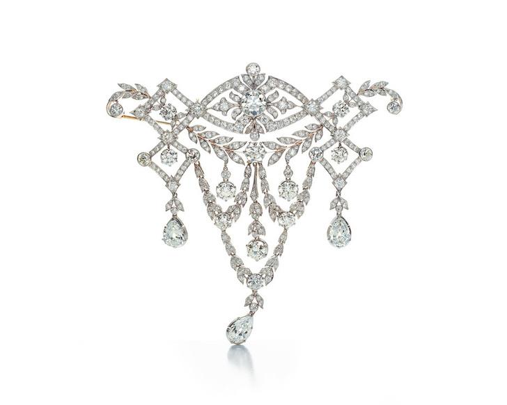 В Петровском пассаже открылась архивная выставка Tiffany & Co