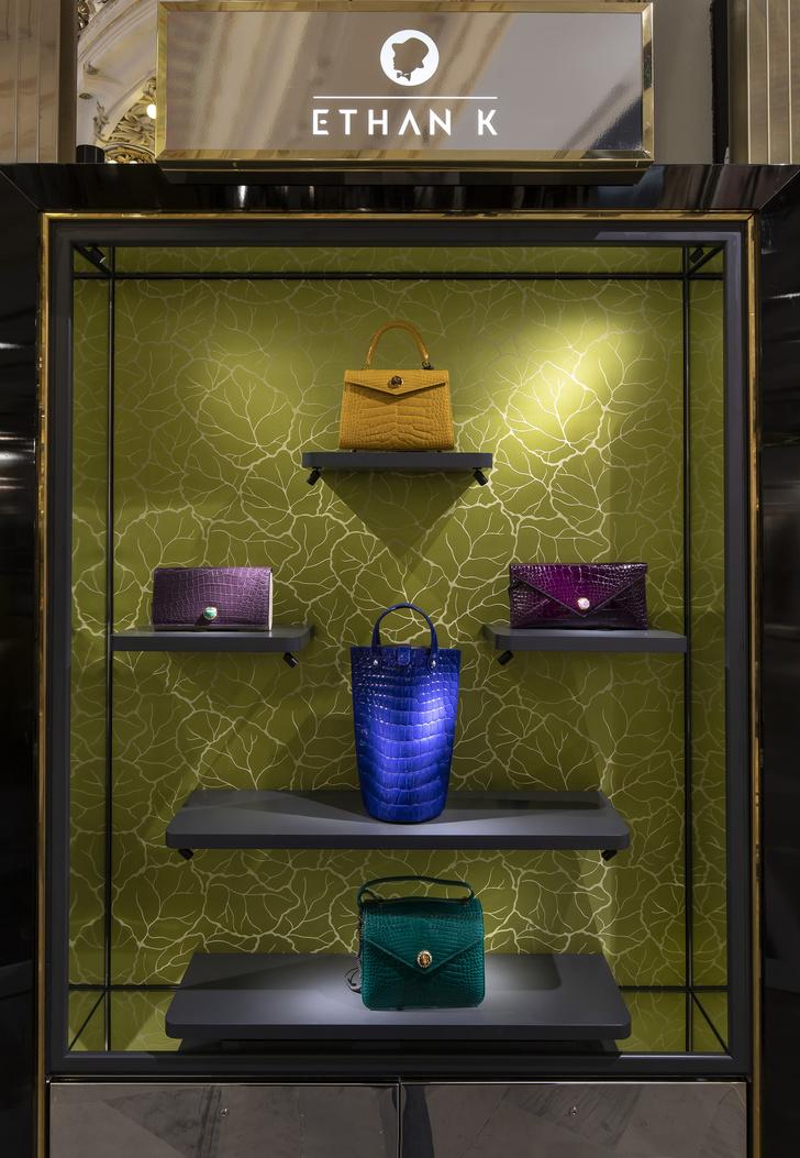 Pop up бутик Ethan K в Galeries Lafayette от Хуана Пабло Молино (фото 5)