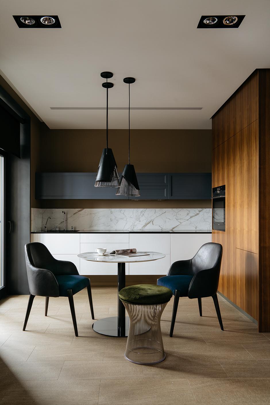 40 проектов кухонь в маленьких квартирах (галерея 0, фото 3)