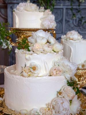 Лимонный шедевр: рецепт свадебного торта принца Гарри и Меган Маркл (фото 3)