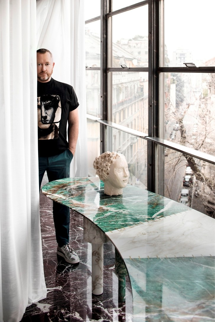 Интерьер с обложки: квартира архитектора   Луки Бомбассеи в Милане (фото 2)