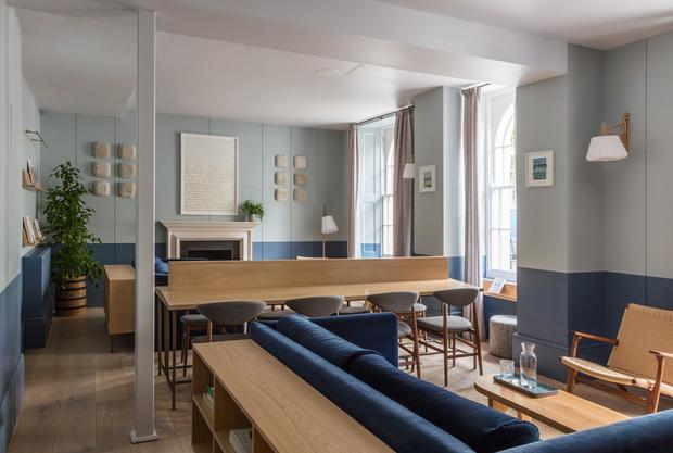 Современный отель в исторических особняках в Лондоне (фото 12)