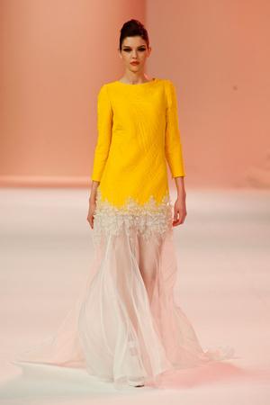 Показ Stephane Rolland коллекции сезона Весна-лето 2014 года Haute couture - www.elle.ru - Подиум - фото 575029
