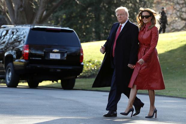 Кожа + красный: Мелания Трамп показала в чем встречать День всех влюбленных (фото 2)