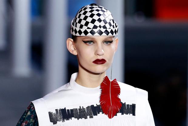От хип-хопа до фанка 1980-х: смешение стилей на показе Louis Vuitton? (фото 14)