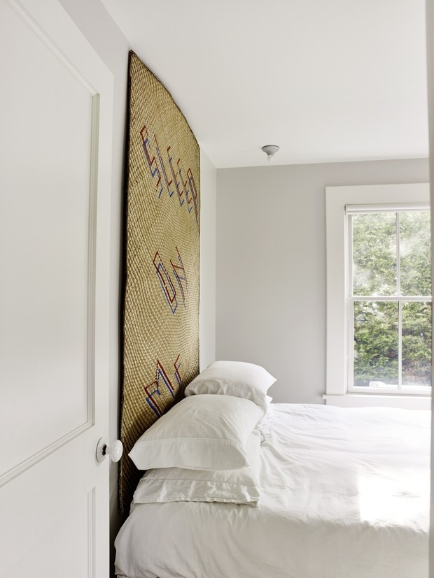 Кровати с необычными изголовьями: 30+ примеров (галерея 0, фото 33)
