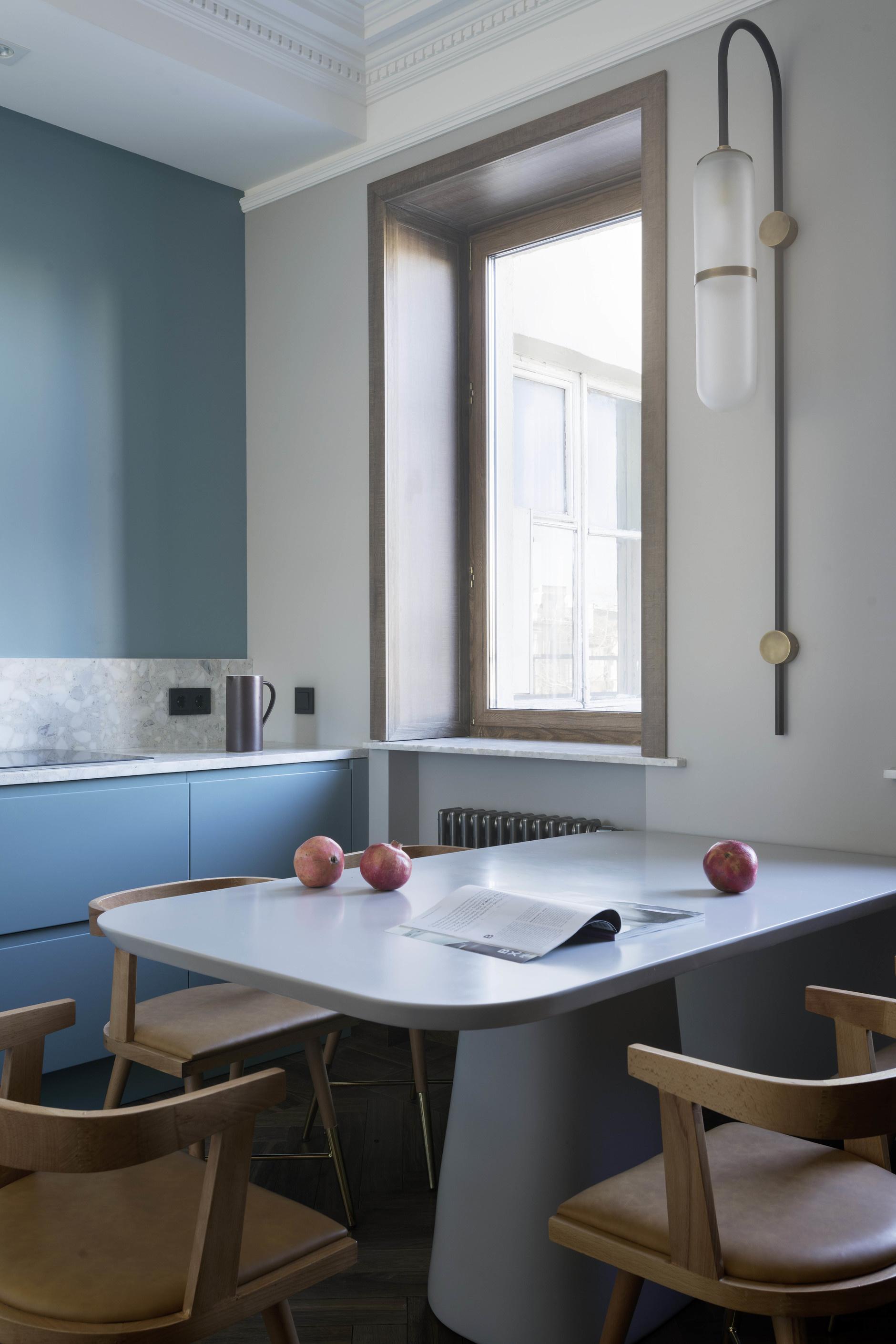 Голубой цвет на кухне: 15 примеров (галерея 0, фото 1)