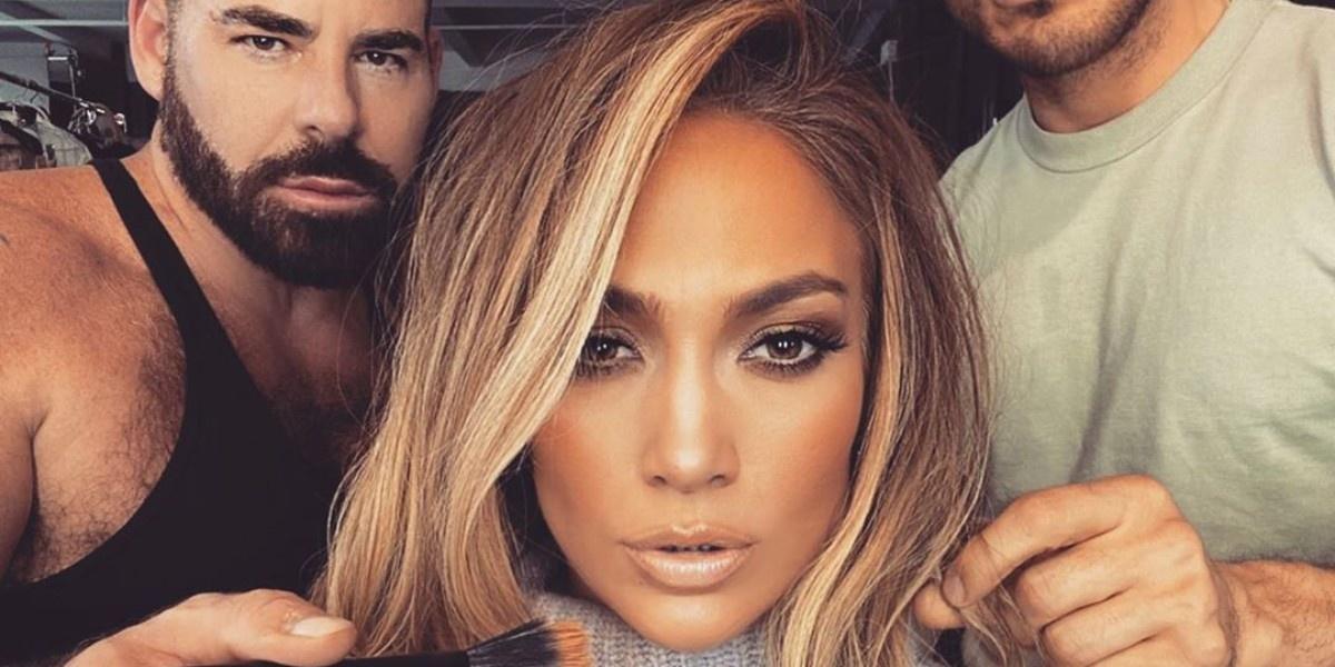 Кто делает макияж и укладку для самой J.Lo?