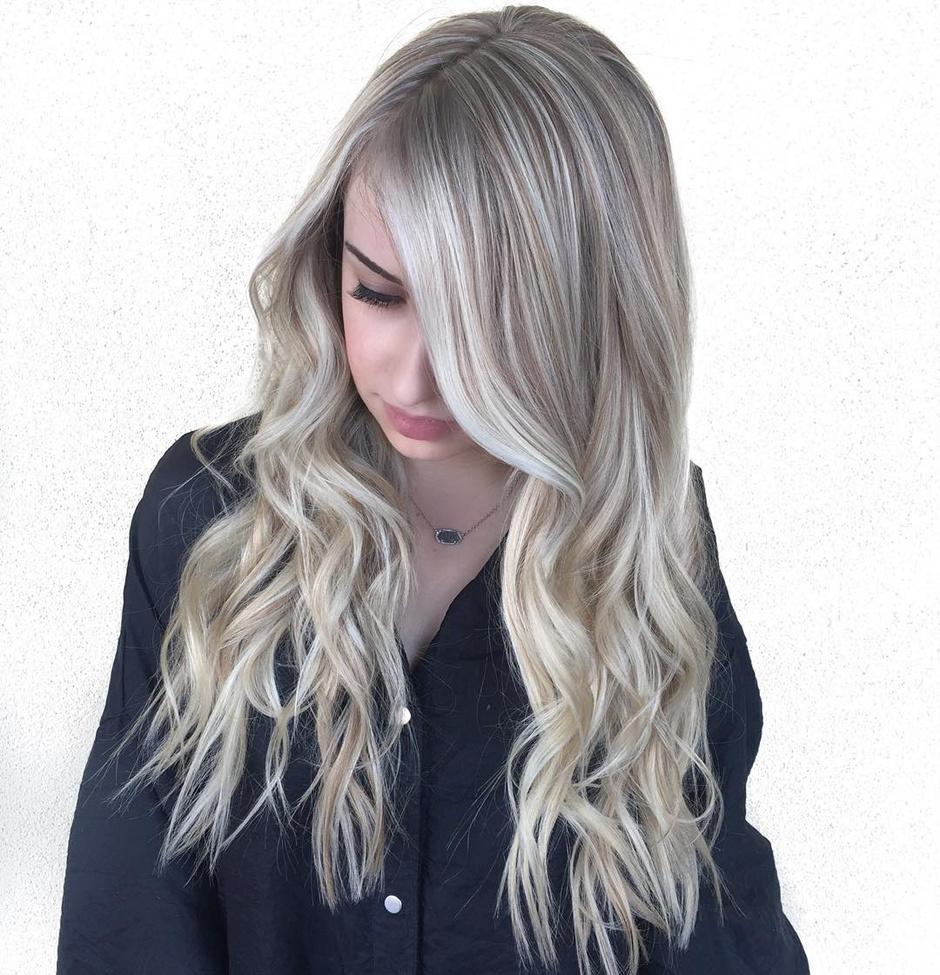 Цвет волос дымчатый