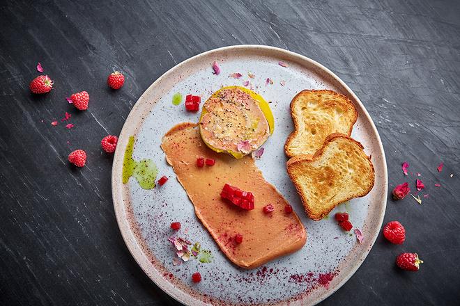 Красивые завтраки, обеды и ужины ко Дню всех влюбленных (фото 26)
