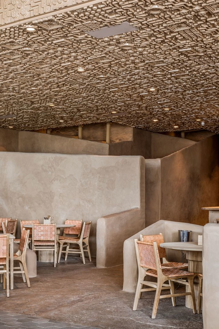 Ресторан с необычным потолком в Мексике (фото 5)