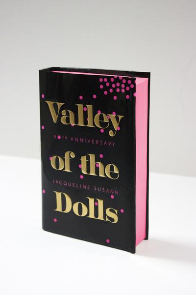 Женская доля: топ-10 самых кассовых женских романов в мире | галерея [1] фото [2]