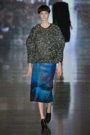 Показы мод Mary Katrantzou Осень-зима 2013-2014 | Подиум на ELLE - Подиум - фото 766