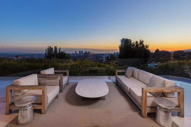 Гарри Стайлс продает виллу в Лос-Анджелесе за 6,9 млн долларов (фото 8)