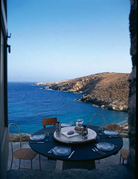 Планы на отпуск: где отдыхают известные декораторы? (фото 71)