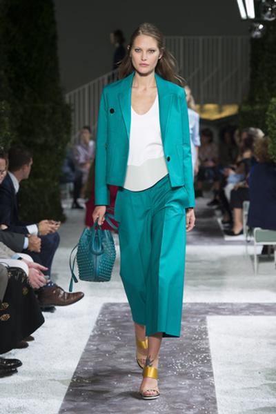 НУЖНЫЙ ТОН: Какие цвета и сочетания цветов в моде этим летом?   галерея [3] фото [2]