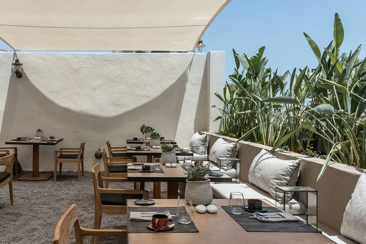 Новый бутик-отель ISTORIA на Санторини (фото 9)