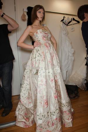 Показ Valentino коллекции сезона Весна-лето 2012 года Haute couture - www.elle.ru - Подиум - фото 332831