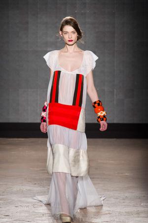 Показ New upcoming designers коллекции сезона Осень-зима 2014-2015 года prêt-à-porter - www.elle.ru - Подиум - фото 581363