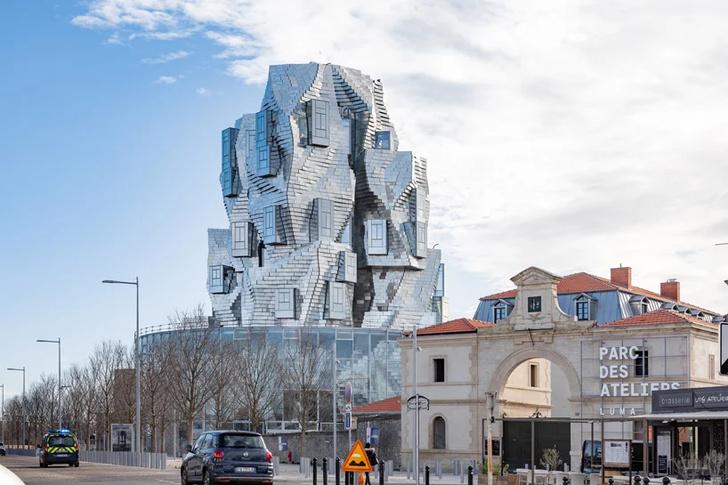 Башня Luma по проекту Фрэнка Гери (фото 0)