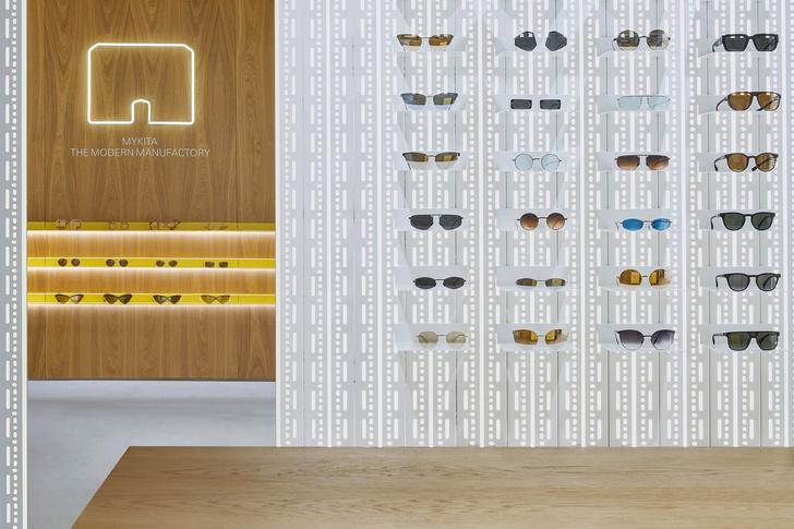 Модная оптика Mykita в Барселоне (фото 7)