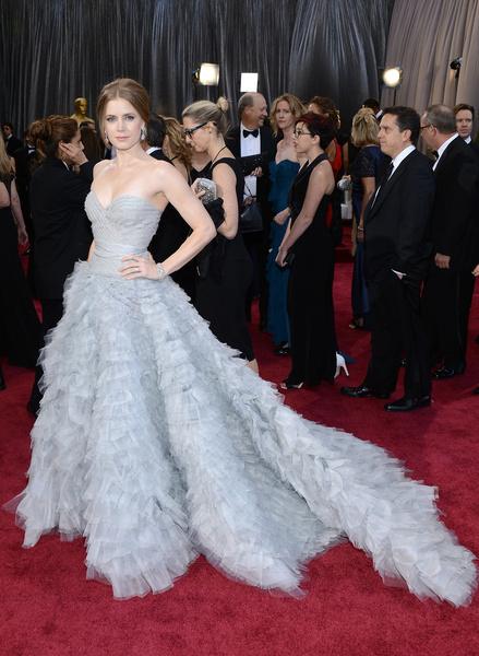 Самые красивые вечерние платья Эми Адамс | галерея [1] фото [2]