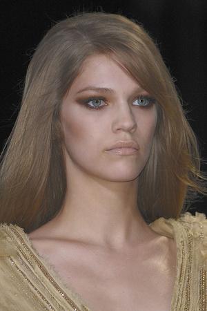 Показ Elie Saab коллекции сезона Осень-зима 2010-2011 года Haute couture - www.elle.ru - Подиум - фото 168147