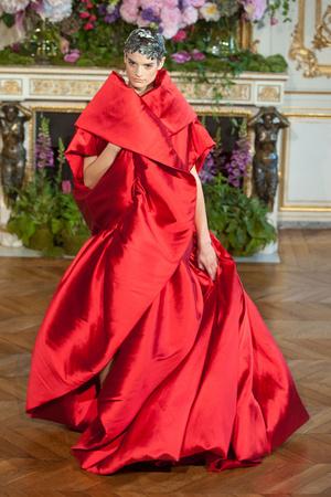 Показ Alexis Mabille коллекции сезона Осень-зима 2013-2014 года Haute couture - www.elle.ru - Подиум - фото 556530