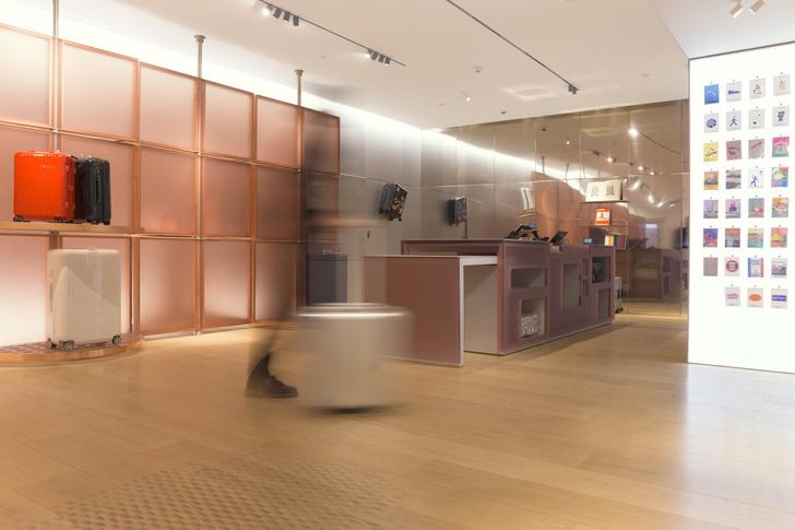 Розовый бутик Rimowa в Bon Marché по дизайну Snøhetta (фото 8)