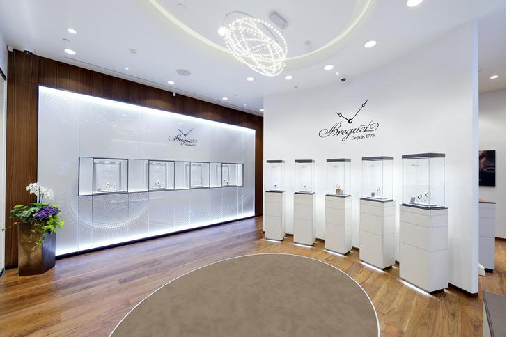 В галереях «Времена года» открыл двери новый бутик Breguet 2