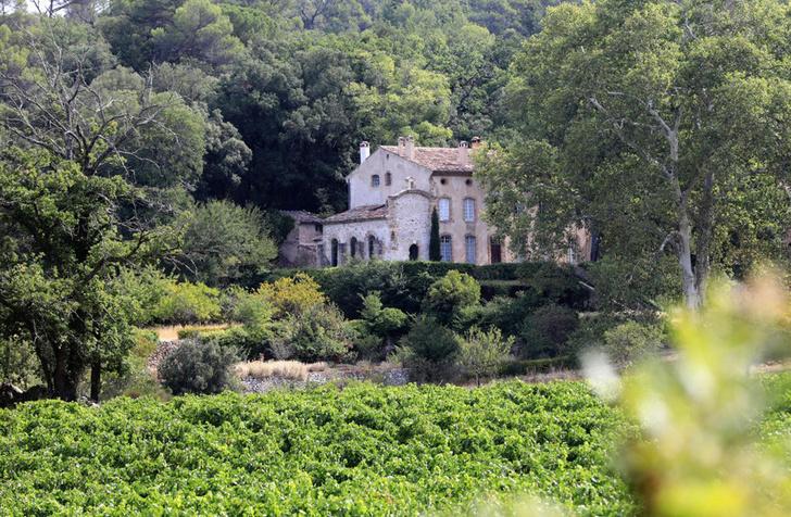 Режиссер «Звездных Войн» Джордж Лукас приобрел шато и виноградники во Франции фото [1]