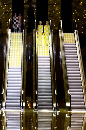 Показ Louis Vuitton коллекции сезона Весна-лето 2013 года prêt-à-porter - www.elle.ru - Подиум - фото 462662