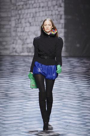 Показы мод Jean-Charles de Castelbajac Осень-зима 2010-2011 | Подиум на ELLE - Подиум - фото 2703