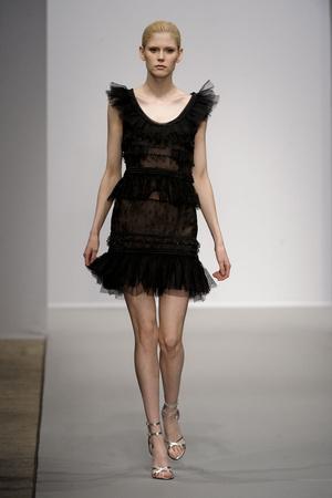 Показ Christophe Josse коллекции сезона Весна-лето 2011 года haute couture - www.elle.ru - Подиум - фото 214811