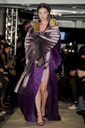 Показ Maurizio Galante коллекции сезона Весна-лето 2011 года Haute couture - www.elle.ru - Подиум - фото 216016