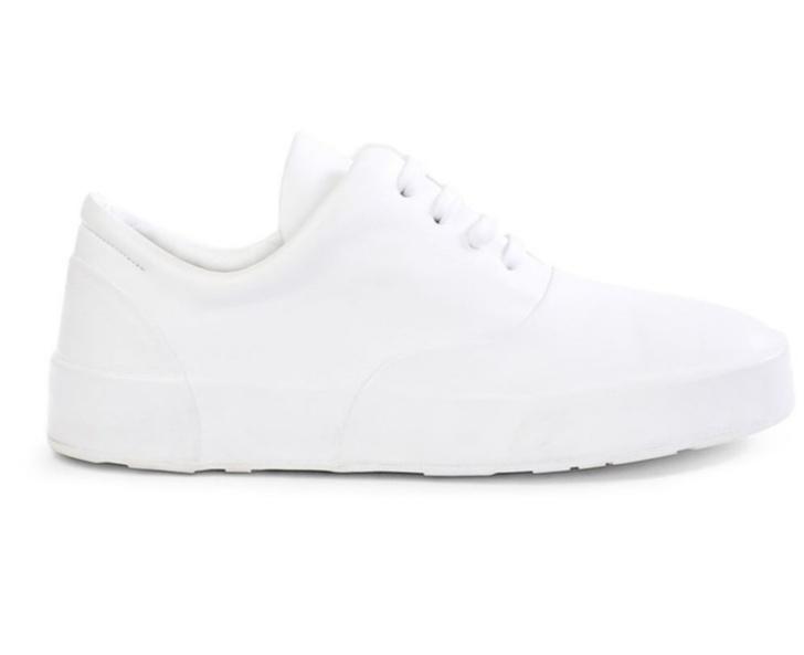 Белые кожаные кеды — константа гардероба. Какие выбрать? (фото 17)