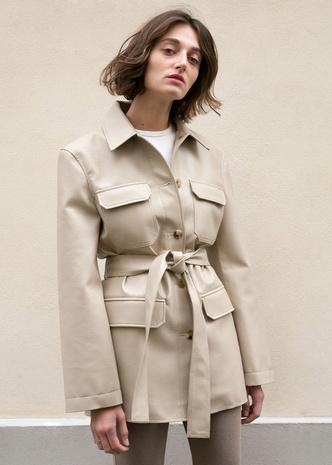 Сафари-куртка — идеальная вещь для весенних прогулок. Вот 15 вариантов (фото 6.1)