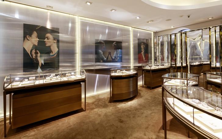 Pop-up инсталляция Cartier в Санкт-Петербурге (фото 0)