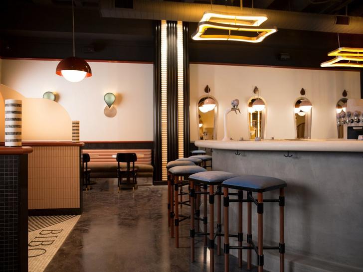 5 кафе в духе фильмов Уэса Андресона (фото 16)