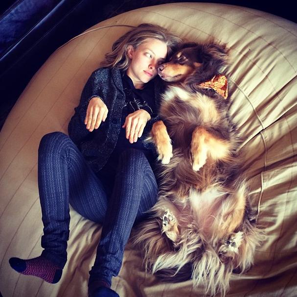 Аманда Сейфрид и Финн фото 2 Сайфред