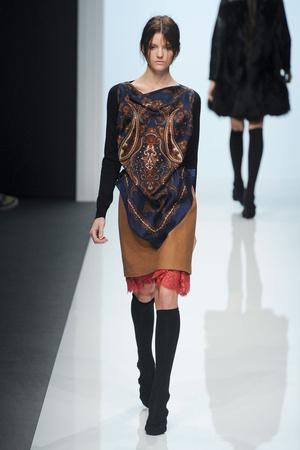 Показы мод Sacai Осень-зима 2012-2013 | Подиум на ELLE - Подиум - фото 1411