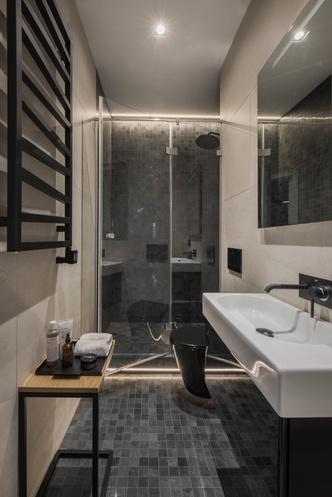Все оттенки серого: минималистичная квартира 91 м² (фото 10.2)