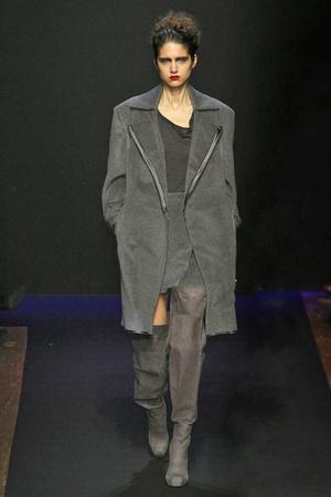 Показ Costume National коллекции сезона Осень-зима 2009-2010 года prêt-à-porter - www.elle.ru - Подиум - фото 97870