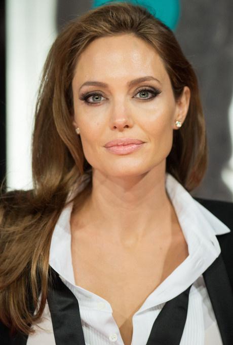 Красота вне времени: бьюти-секреты Анджелины Джоли фото [6]