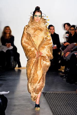 Показ Maurizio Galante коллекции сезона Весна-лето 2012 года Haute couture - www.elle.ru - Подиум - фото 330250
