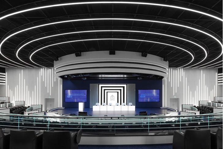Зал заседаний Мособлдумы в стиле «Звездных войн» (фото 3)