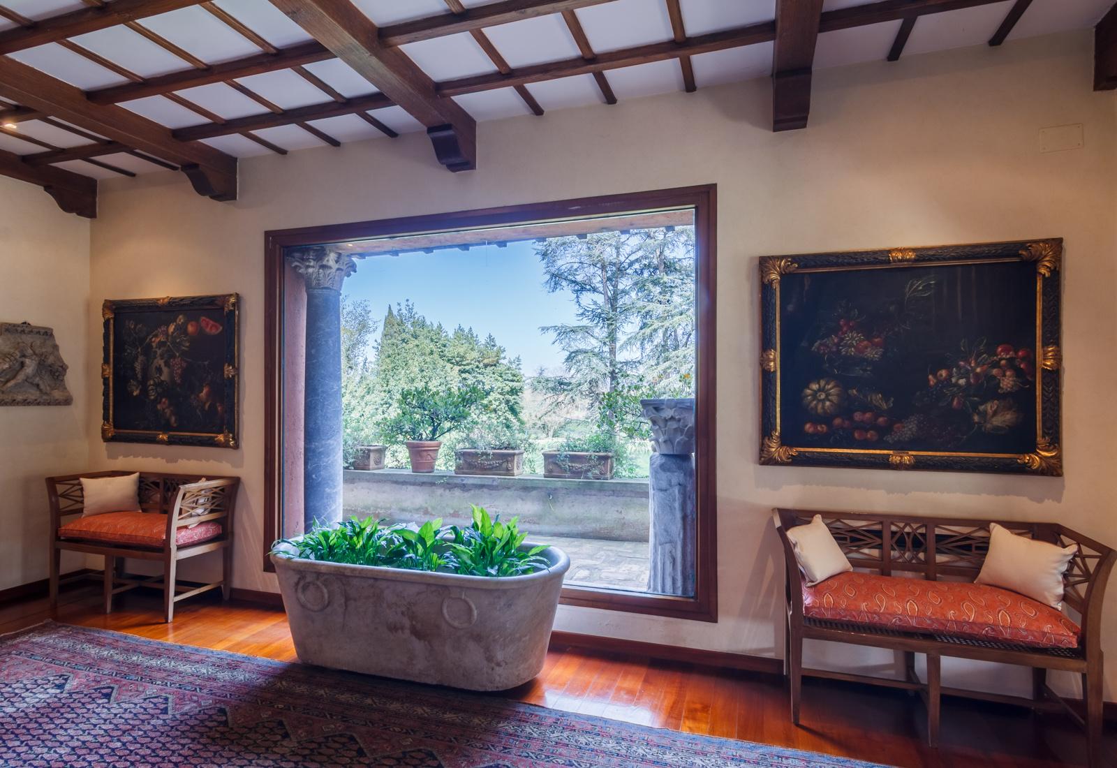 Продается бывшая вилла Софи Лорен в Риме (галерея 3, фото 3)