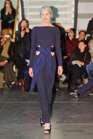 Показ Adeline Andre коллекции сезона Весна-лето 2013 года haute couture - www.elle.ru - Подиум - фото 479650