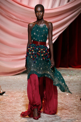 Побег из Самарканда: показ Ulyana Sergeenko Couture в Париже (фото 7.1)