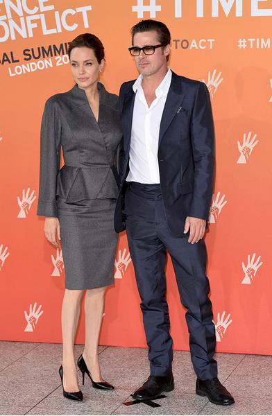 Анджелине Джоли присвоили рыцарский титул